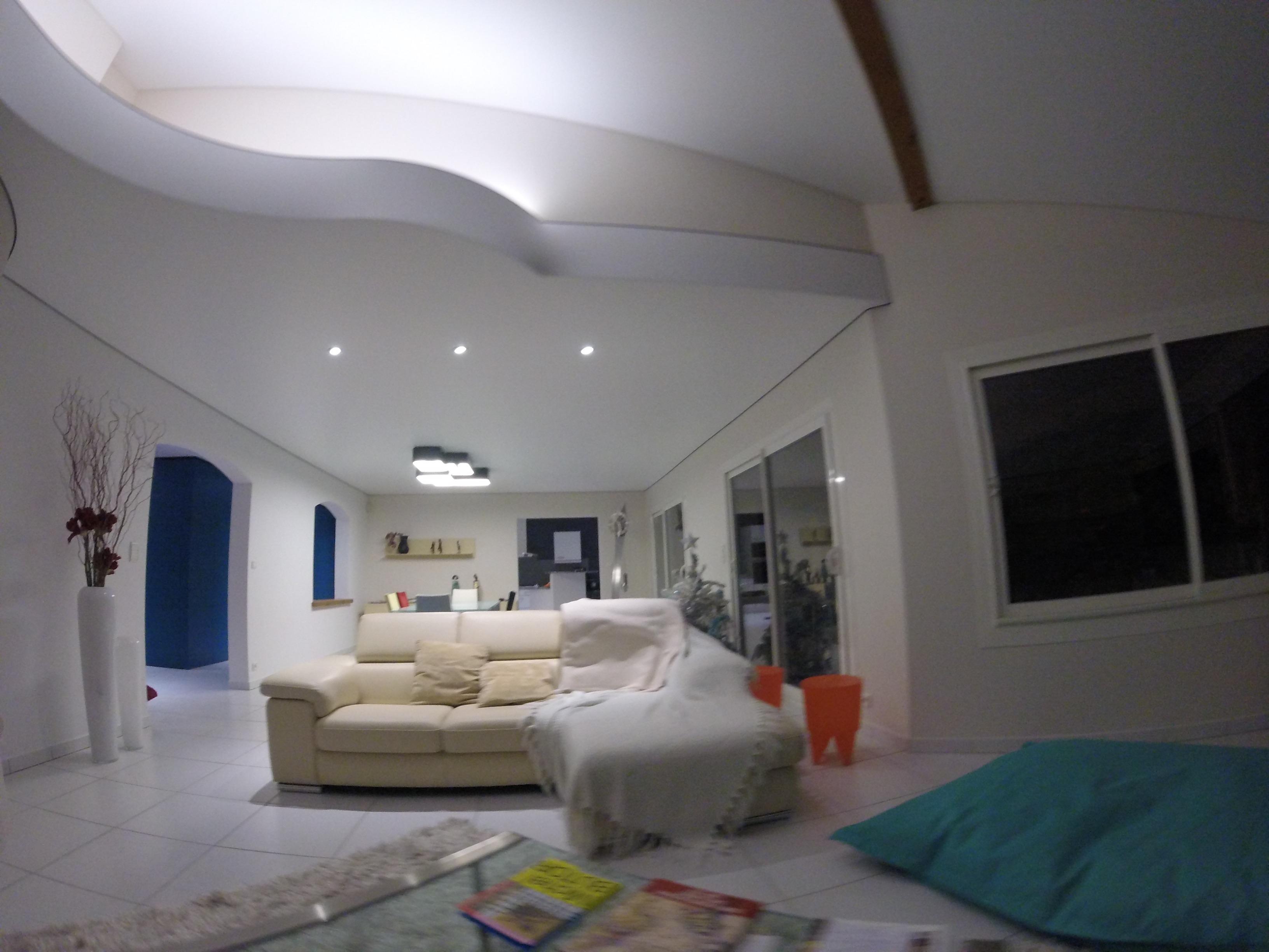 rnover un plafond cheap rinventer sa salle de bains du sol au plafond with rnover un plafond. Black Bedroom Furniture Sets. Home Design Ideas